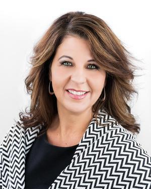 Photo of Kristy Algate