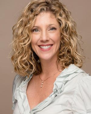 Photo of Jennifer Brown