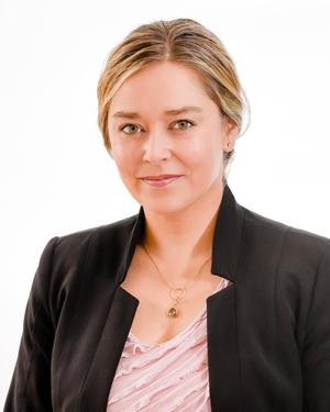 Photo of Sarah Davis